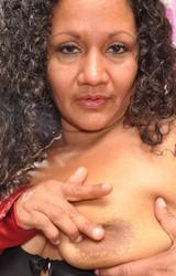 Sára duci roma anyuka maszturbál - 53/150 kép
