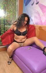 Sára duci roma anyuka maszturbál - 45/150 kép
