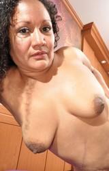 Sára duci roma anyuka maszturbál - 96/150 kép