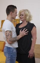 Sara Szőke Nagy Cicis Anya Fiával Dug - 25/162 kép