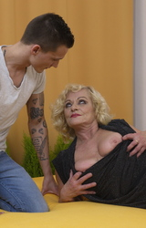 Sara Szőke Nagy Cicis Anya Fiával Dug - 40/162 kép