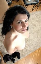 Nagymellű roma anyuka - 42/67 kép