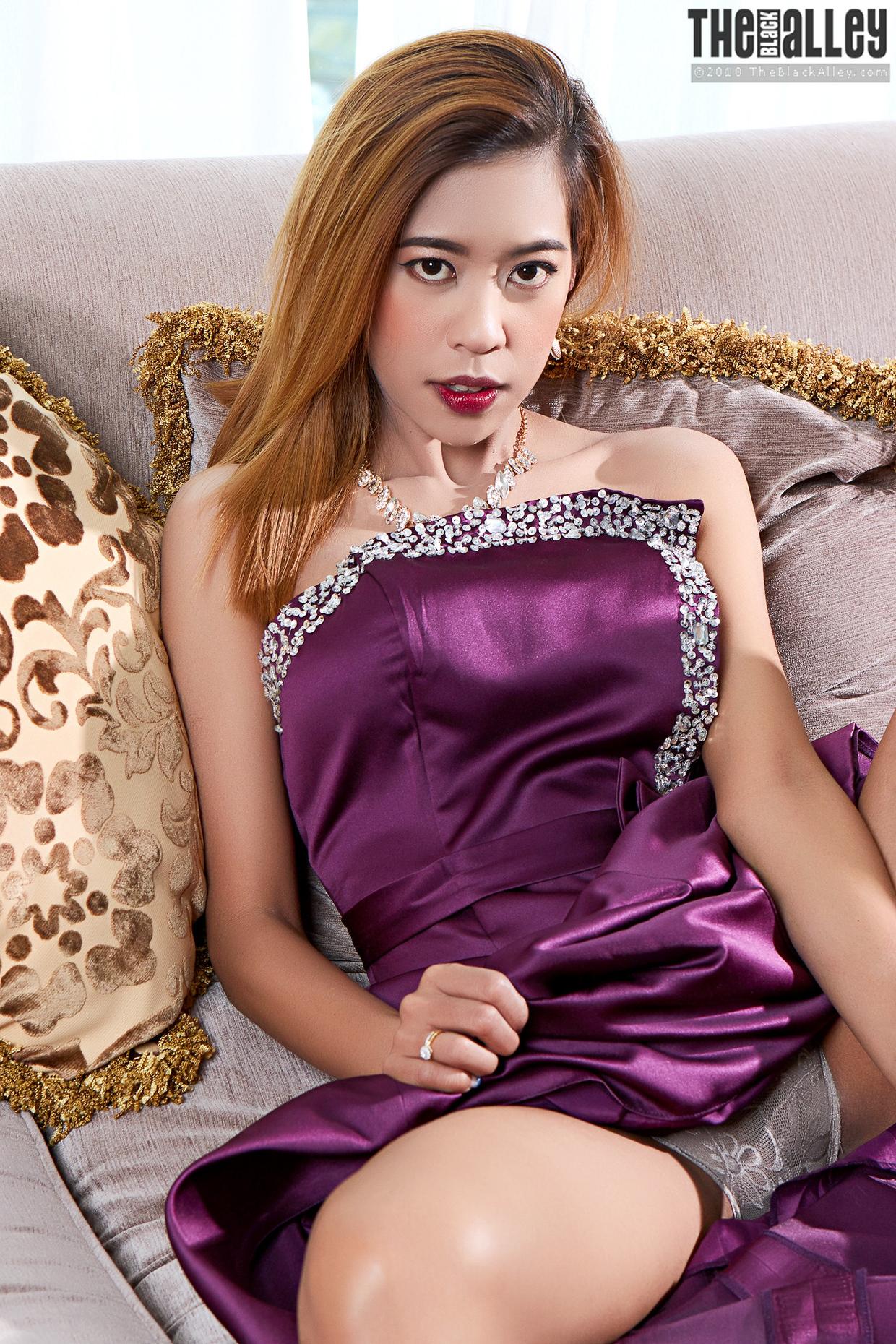 Ázsiai lányról meztelen pornó képek 77131690