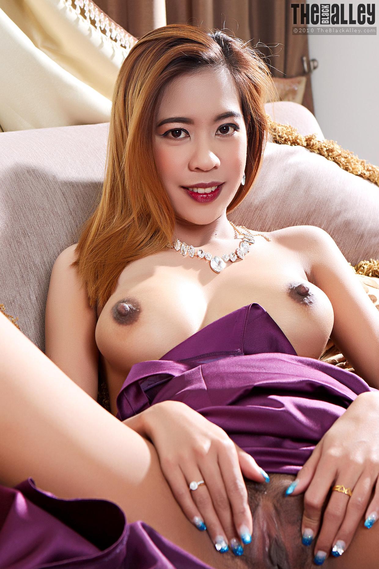Ázsiai lányról meztelen pornó képek 77132040