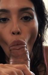 Vanessza szexi roma csaj nagy farkú pasijával szexel - 19/127 kép
