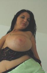 Roma lány nagy mellei - 75/91 kép