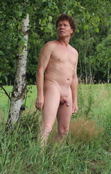Német hetero apuka meztelen képei álló farokkal - 7/95 kép