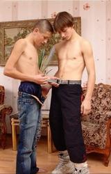 Geri És Alex Tini Fiúk Dugnak - 39/187 kép