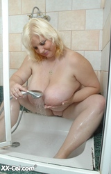 Meztelen nagymama szex kép