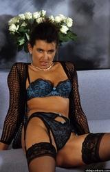 Amatőr roma anyuka maszturbál - 94/94 kép