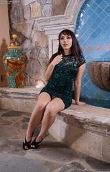Melinda szőrös puncis kis cicis roma csaj masztizik - 49/101 kép