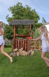 Játék a kertben