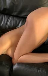 Alexa szexi nagy cicis roma anya leveszi szürke ruháját - 69/115 kép