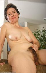 www nagyi anya sex com törpék Creampie szex