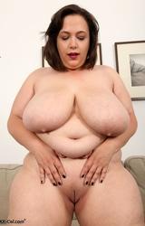 Nagy cicik kövér punci