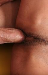 Nagy cicis szőrös puncis roma csaj nagy farkú pasival szexel - 53/114 kép
