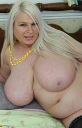 Nagy kövér milf pornó