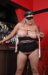 Kövér rendőrnő meztelen képei