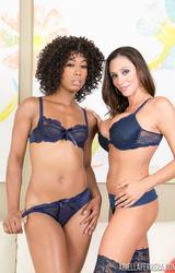 Misty Stone és Ariella Ferrera